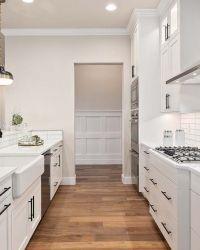 16-Kitchen