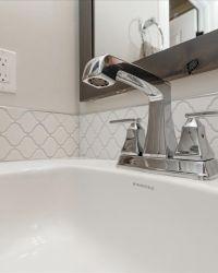 33-Bathroom-Detail