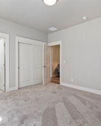 12-Interior-View