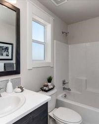 42-Bathroom